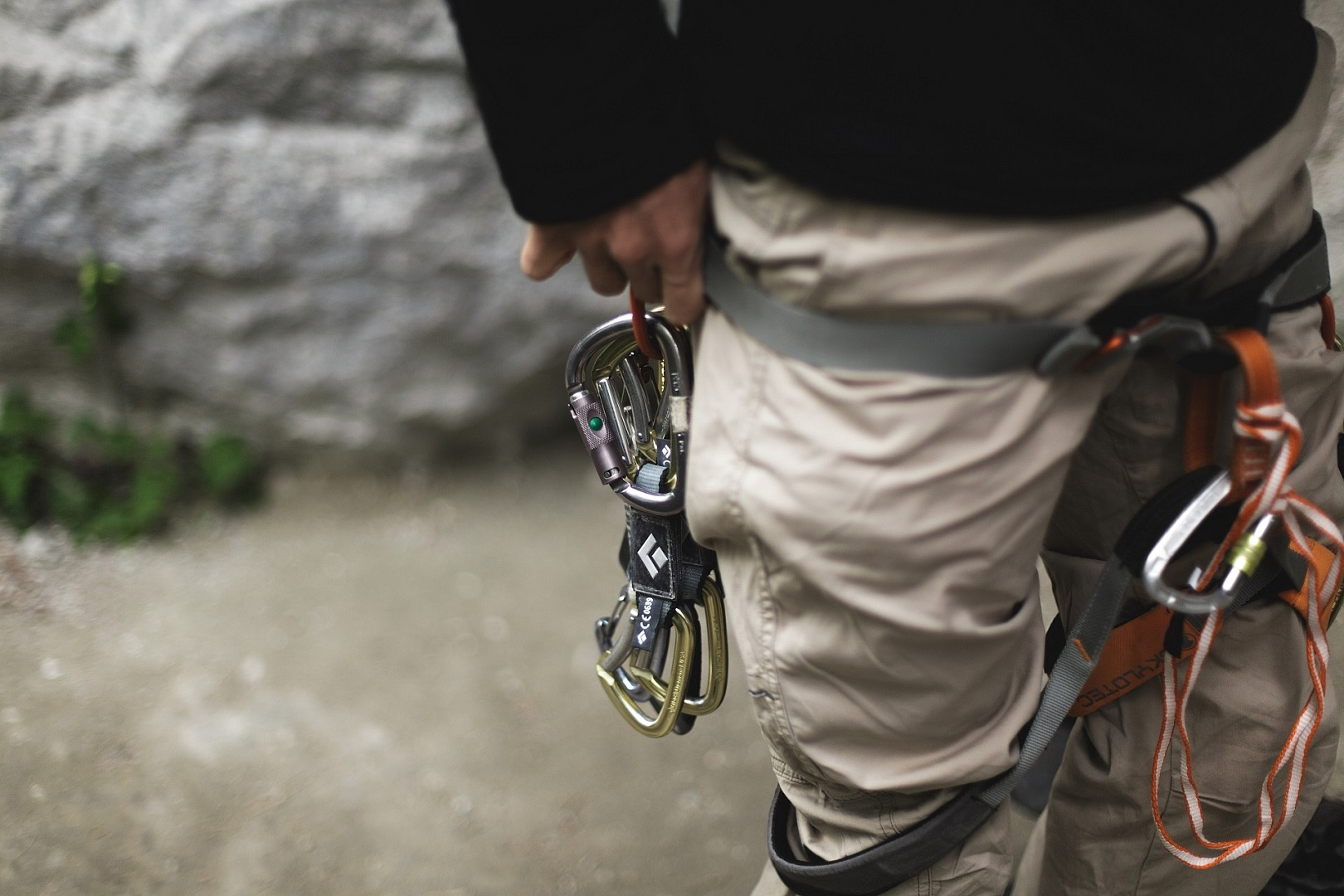 Kletterausrüstung Was Gehört Dazu : Das 1x1 der kletterausrüstung