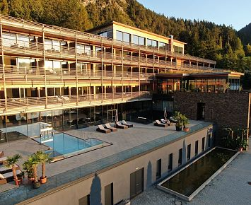 Armona_Pool_ Hotel_Wellness_Spa_Thiersee