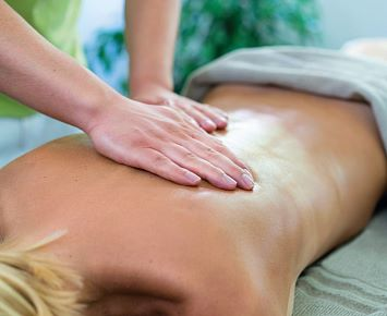 Behandlung_Wellness_Massage_DasSieben(c) Christina Ehammer