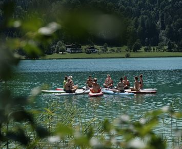 SUP_Yoga_Thiersee(c) Florian Egger